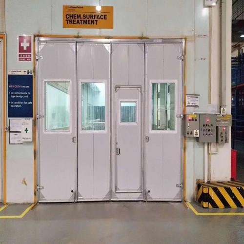 宝安机场电动折叠门